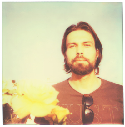 willem with flower